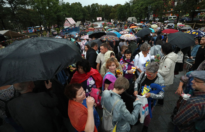"""Полиция насчитала несколько сотен участников """"Марша матерей"""" в центре Москвы"""