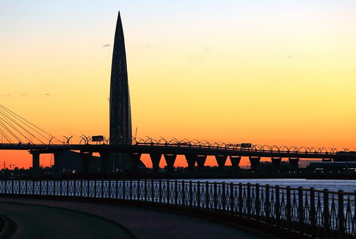 """Небоскреб """"Газпрома"""" в Петербурге обошел по инвестициям самое высокое здание в мире"""