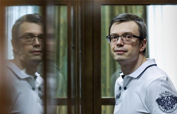 Бывший замначальника столичного главка СКР получил 5,5 лет колонии