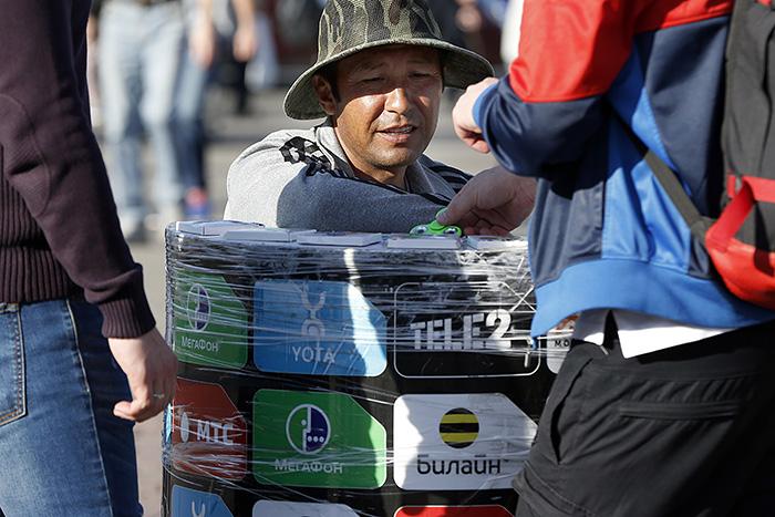 ФАС возбудила дела против сотовых операторов из-за цен наSMS-рассылку