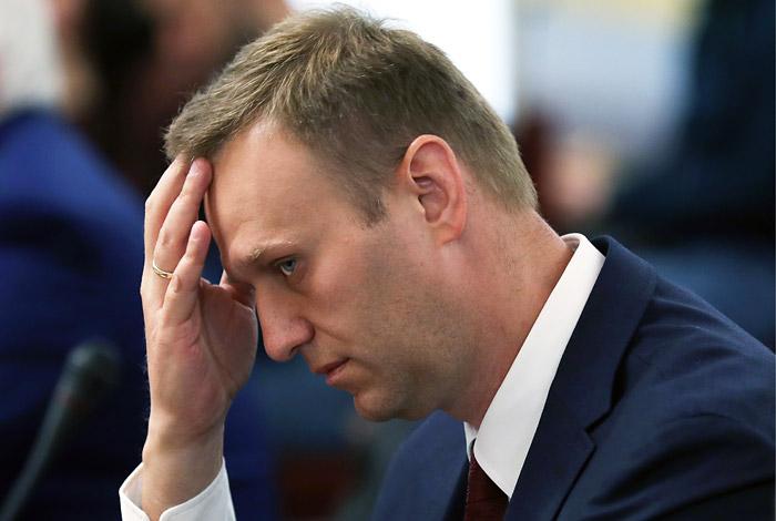 Навальный окончательно проиграл Прохорову по иску о защите чести