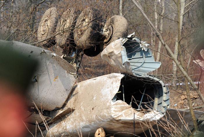 Следователям из Польши разрешат осмотреть обломки самолета Леха Качиньского