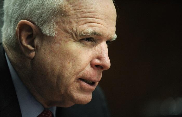 В США умер сенатор Джон Маккейн