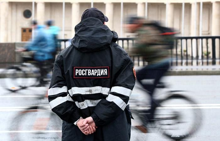 В Росгвардии назвали провокацией обвинения Навального в завышении цен при закупках