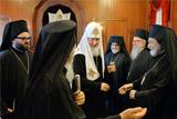 Архиепископ опроверг слухи о попытке отравить патриарха Варфоломея на встрече с главой РПЦ