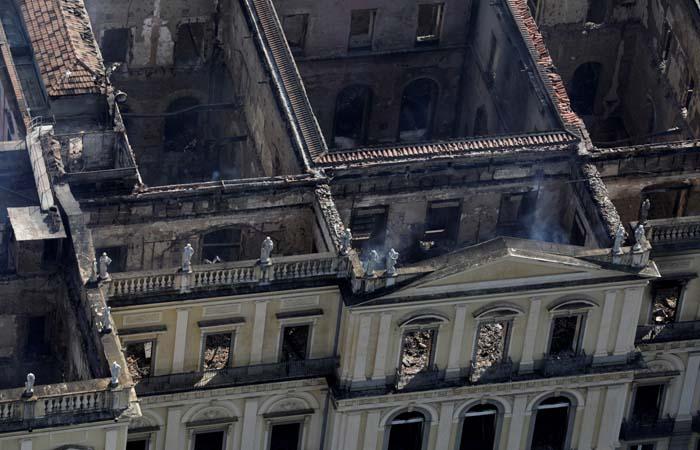 Восстановление сгоревшего Национального музея Бразилии профинансируют Petrobras и Vale
