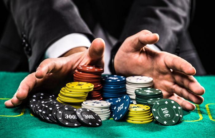 Минфин РФ предложил ввести максимальную сумму проигрыша для игроманов