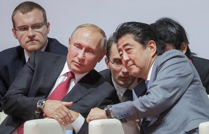 СМИ сообщили о беседе Путина и Абэ на турнире по дзюдо