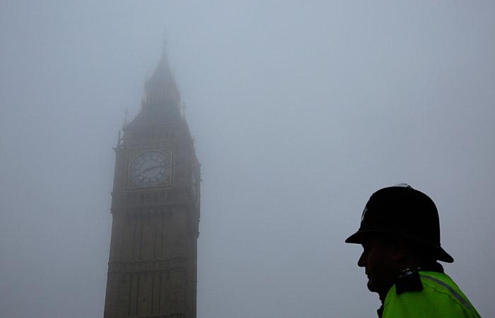 Британские СМИ узнали о розыске еще двух человек в связи с отравлением Скрипалей