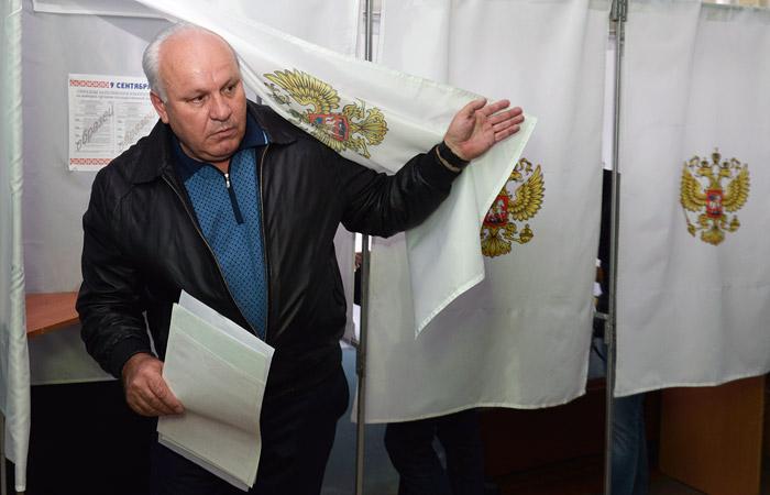 Глава Хакасии снял свою кандидатуру с выборов