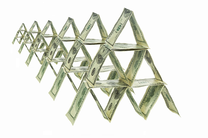 ЦБ назвал'Кэшбери одной из самых масштабных выявленных финансовых пирамид