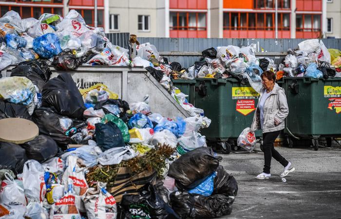 Режим ЧС ввели в Челябинске из-за мусорного коллапса