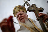 Греческий епископ обвинил патриарха Варфоломея в провоцировании церковного раскола