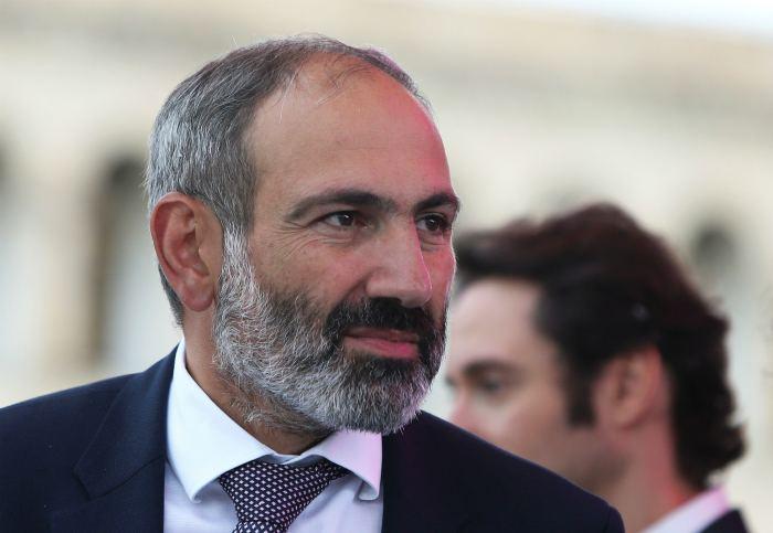 Пашинян заявил о планах подать в отставку