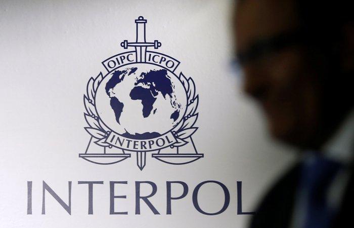 Глава Интерпола ушел в отставку