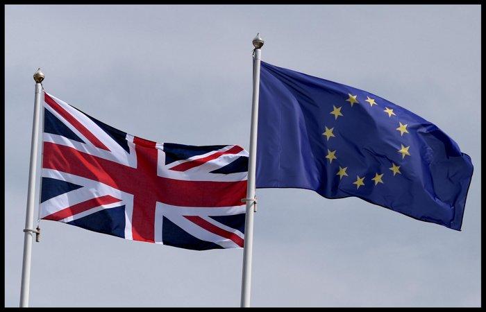 Главы МИД стран ЕС намерены утвердить план новых санкций против РФ