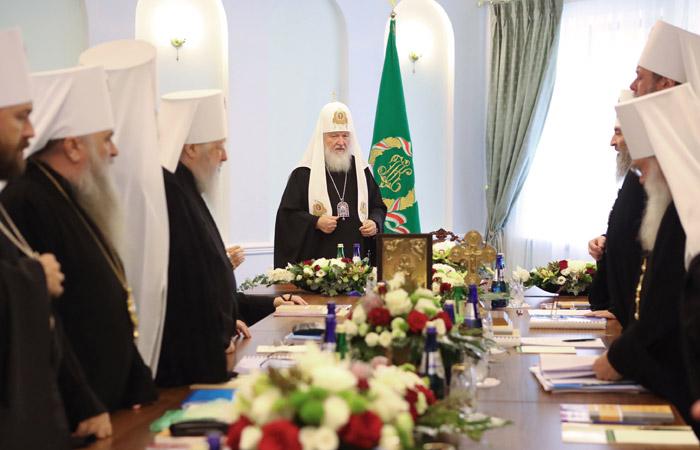 Константинополь не разорвет общение с Русской православной церковью