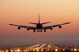 Сбербанку и ВТБ поручили создать региональную авиакомпанию