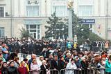 Тысячи человек простились с жертвами трагедии в Керчи