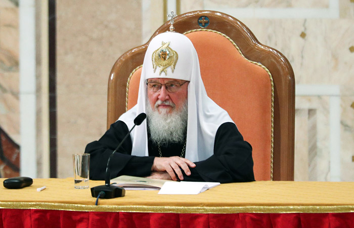 Патриарх Кирилл увидел в гаджетах угрозу для человека и государства
