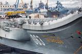 """Источник сообщил о повреждениях на """"Адмирале Кузнецове"""""""