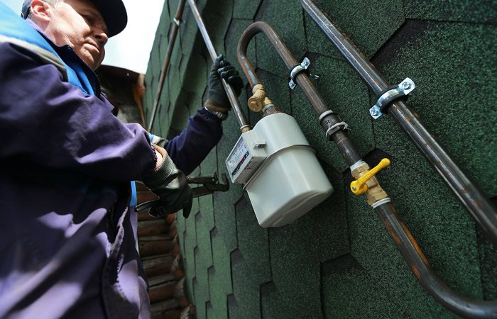 """""""Газпрому"""" грозит штраф в 30 млрд руб. за не установленные в домах 300 тыс. россиян счетчики"""