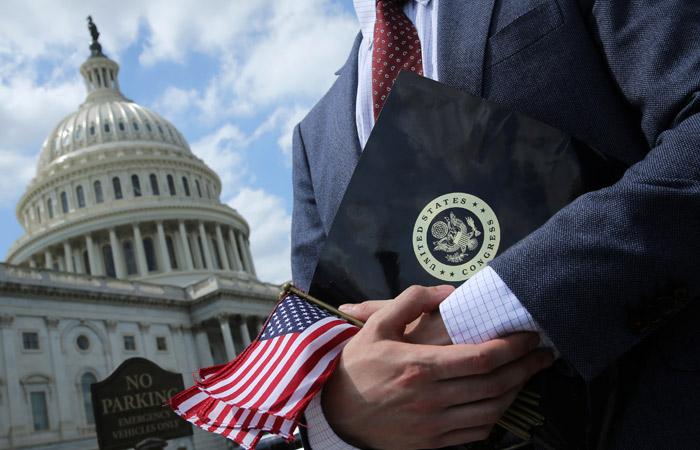 Неуспевают. США могут отложить введение новых санкций против РФ