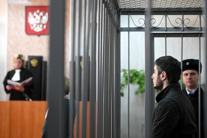 Житель Подмосковья, отрубивший кисти рук своей жене, получил 14 лет строгого режима