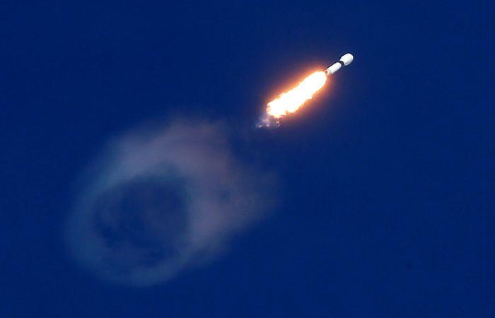 Во Флориде стартовала ракета-носитель Falcon 9