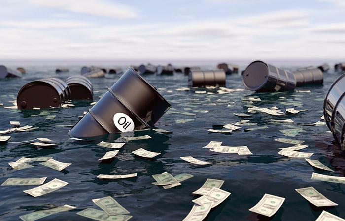 Цена на нефть Brent рухнула почти на 5%