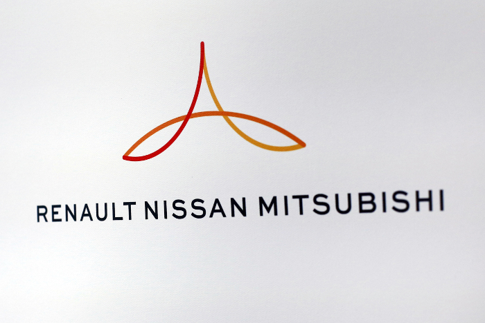 АвтоВАЗ и Renault-Nissan-Mitsubishi подали заявку на СПИК