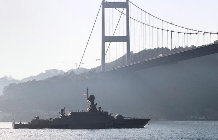 Украина будет добиваться закрытия Босфора для российского флота