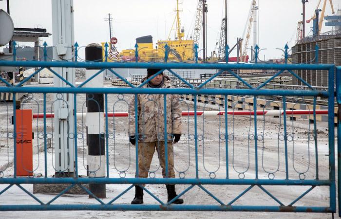 Украинские власти сообщили о двойном сокращении грузопотока в портах Азова