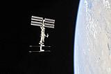 Американский грузовой космический корабль Dragon состыковался с МКС