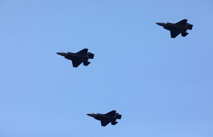 СМИ сообщили, что ВВС Израиля нанесли удары по территории аэропорта в Дамаске