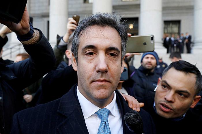 Бывшего адвоката Трампа приговорили к трем годам тюрьмы