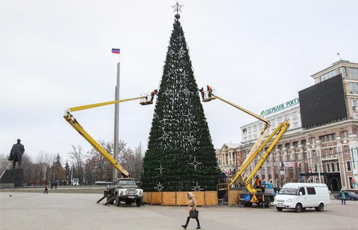 Киев отказался от предложения ЛНР и ДНР о новогоднем перемирии
