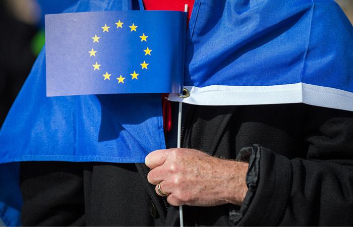 Совет ЕС утвердил продление экономических санкций против России на полгода