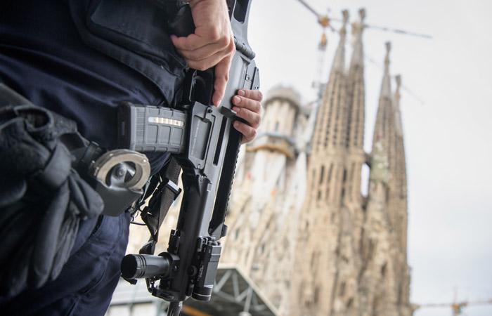 Госдеп США предупредил об опасности терактов в Барселоне в праздники