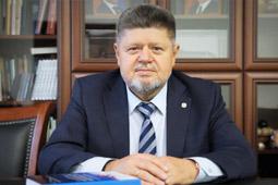 Главный нарколог России: от новогоднего похмелья спасут бульон и рассол