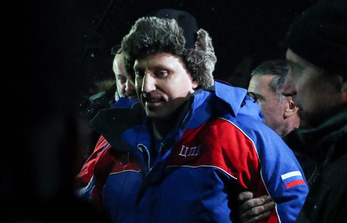 """Космонавты Прокопьев и Артемьев дали показания по поводу отверстия в """"Союзе"""""""