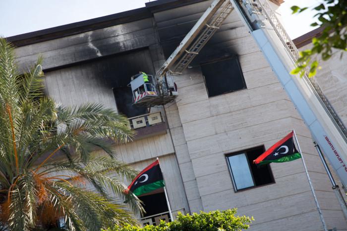 ИГ взяло на себя ответственность за атаку на МИД Ливии в Триполи