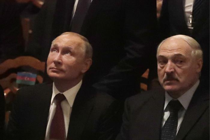 """Путин и Лукашенко в субботу снова обсудят налоговый маневр в российской """"нефтянке"""""""