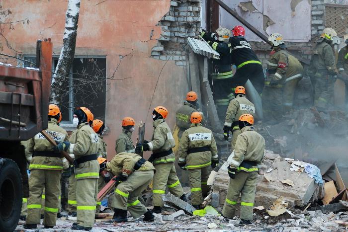 При обрушении подъезда в жилом доме Магнитогорска погибли двое взрослых и один ребенок