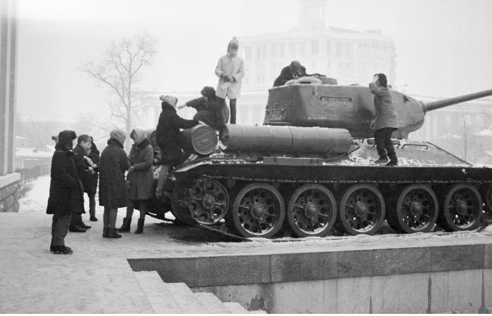Лаос передал Минобороны России советские танки Т-34 в исправном состоянии