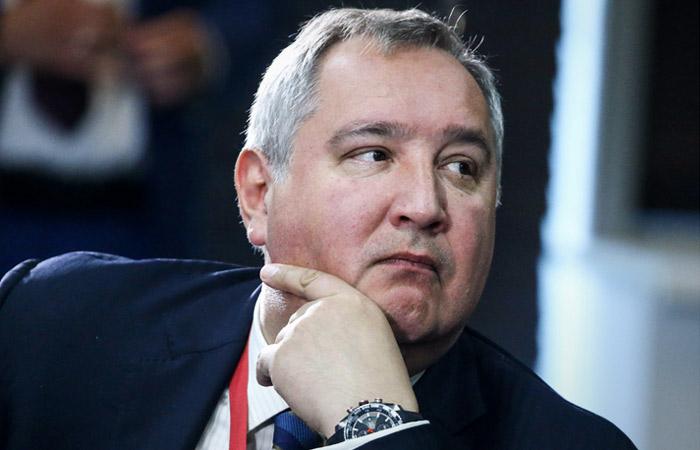 Рогозин объяснил отмену его визита в США конфликтом Трампа с Конгрессом