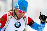 Российский биатлонист Логинов выиграл спринт на этапе Кубка мира
