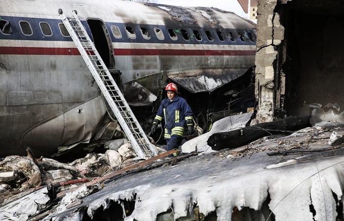 В авиакатастрофе близ Тегерана погибли 13 человек