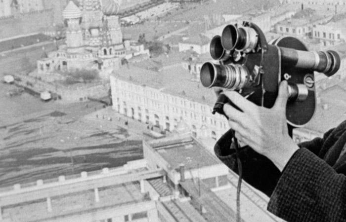 Умер последний из фронтовых кинооператоров Борис Соколов