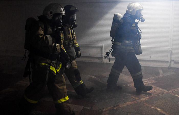 Один человек погиб и трое пострадали на пожаре в Санкт-Петербурге